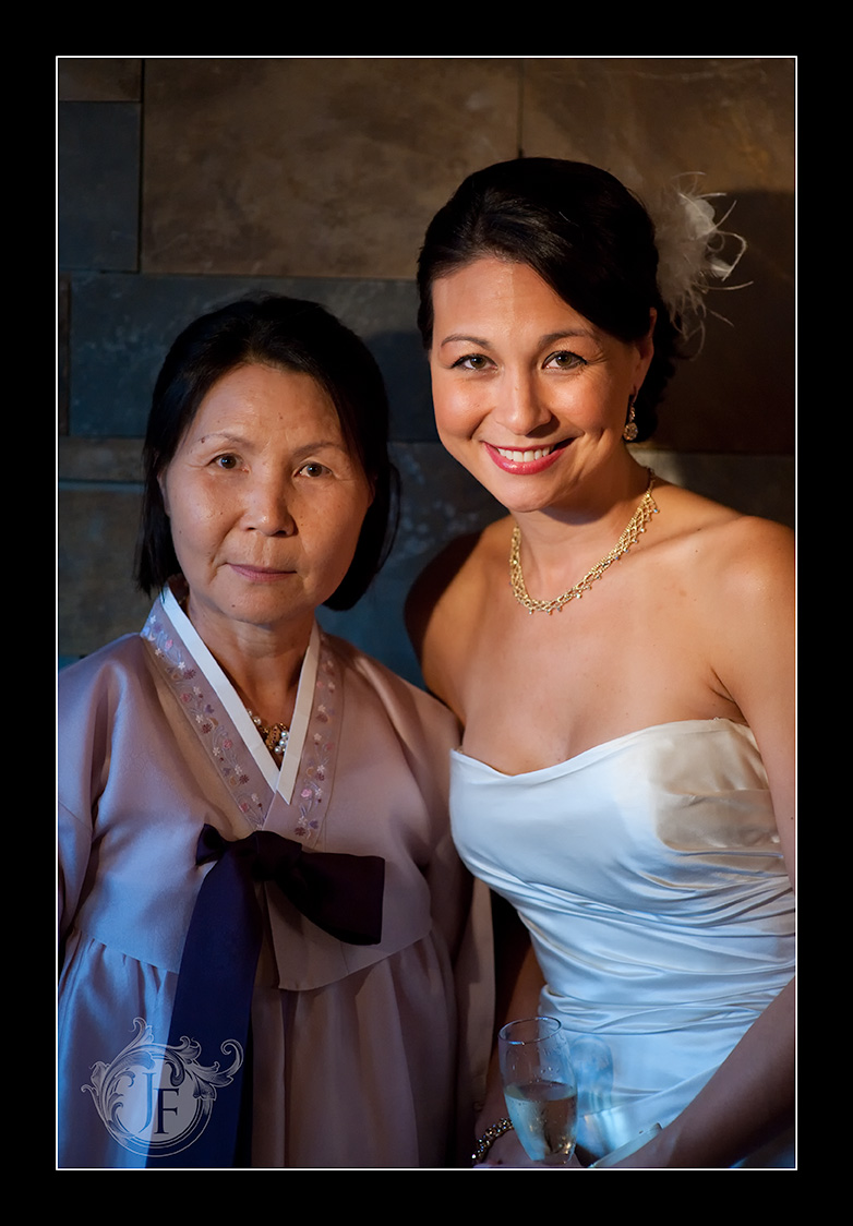 Maureen and her mother before the ceremony. (Jeff Franks - Nikon D3x)